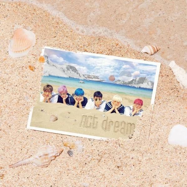 NCT DREAM - WE YOUNG 1st Mini Album (RE-RELEASE)
