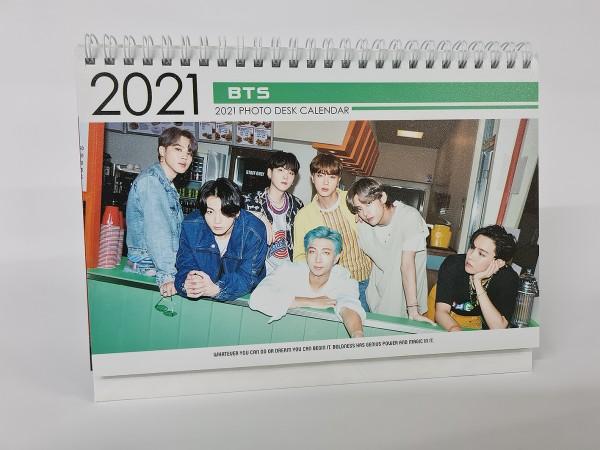 BTS - Tischkalender 2021 / 2022