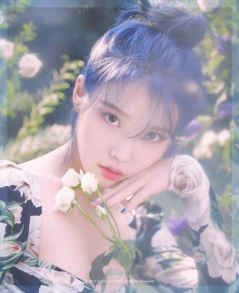 IU - 5th Album - Love Poem