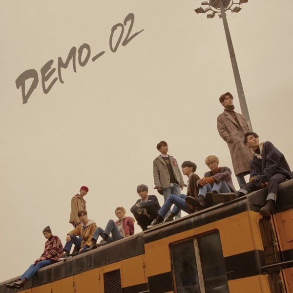 PENTAGON 5th Mini Album - DEMO_02